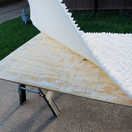 how to make a tuffed headboard home dzine bedrooms tufted headboard with a unique twist