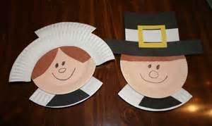 Paper Plate Pilgrim Craft - thanksgiving crafts for roommomspot
