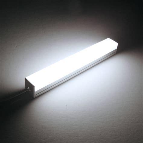 led leuchte 12v led leuchte quot pikko quot eckig neutralwei 223 380lm 12v 6w