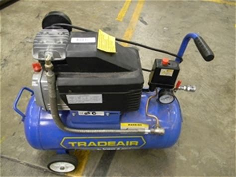 1 x air compressor spear jackson trade air model ta 2hp 240 volt auction 0084