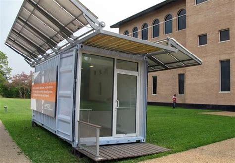 contenedores para oficinas oficina contenedor con paneles fotovoltaicos