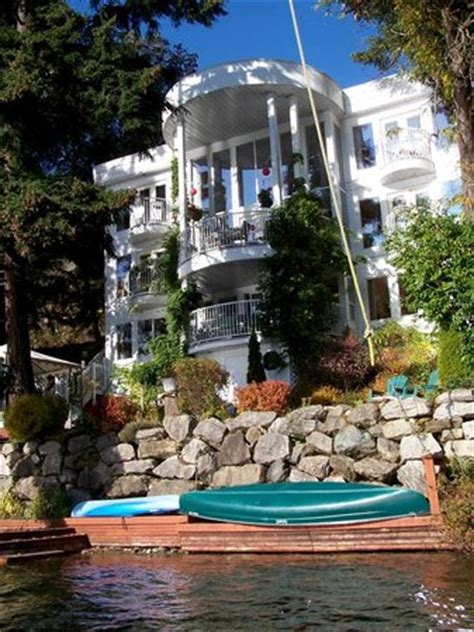 Property Manager Vancouver Island Whitehouse On Lake Bed And Breakfast B B Reviews