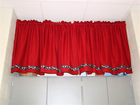 classroom curtains mrs farmer s class curtains curtains everywhere
