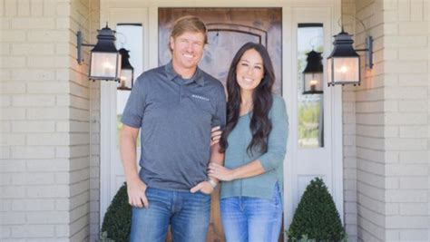 get on fixer upper chip and joanna gaines surprise