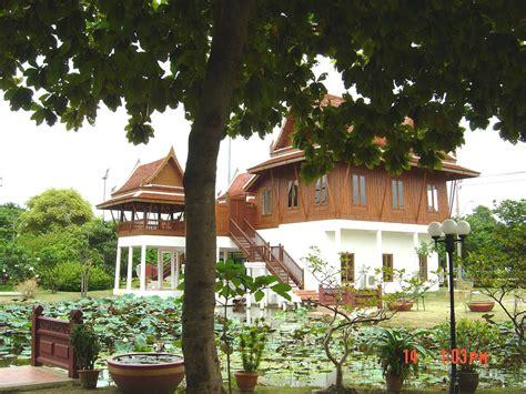 thai house 2 traditional thai houses baan song thai