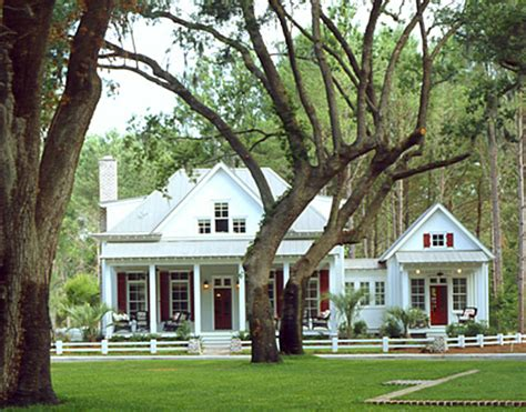 southern living cottage of the year shell and chinoiserie seaside style with an eastern accent