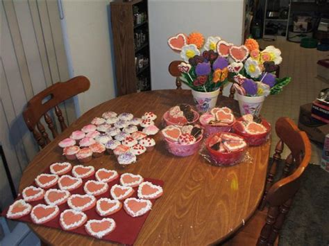valentines day treats for school valentine s day treats for school hallee the homemaker