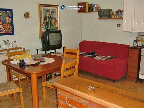 Acheter Premier Appartement 684 by Villa Avec Deux Appartements En Vente 224 Castilenti Teramo