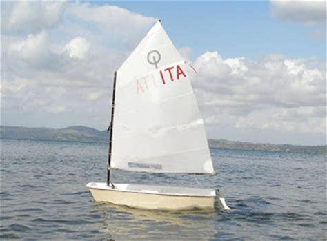 optimist zeilboot afmetingen rc zeilen micro magic optimist footy 20 12 09 27