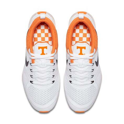 Shoe Of The Week Shoewawa 13 by New Tennessee Nike Shoes On Sale Monday At 10 Am Freaknotes
