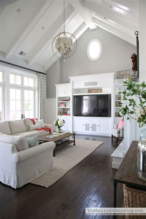 wall color ideas casual cottage 25 best vaulted ceiling decor trending ideas on pinterest