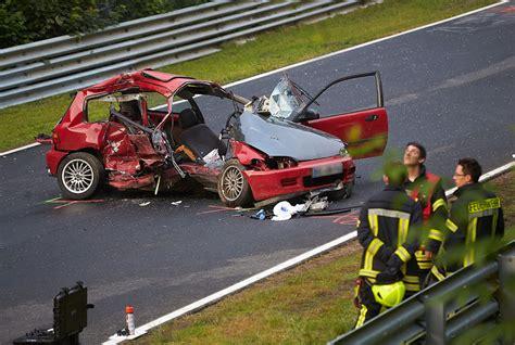 Motorradrennen Unfall Heute by Schwerer Unfall Bei Touristenfahrten Am N 252 Rburgring