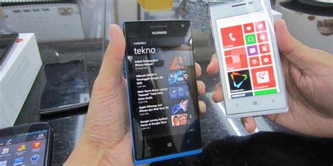 Hp Smartfren Huawei W1 C00 smartfren rilis ponsel wp8 murah kompas
