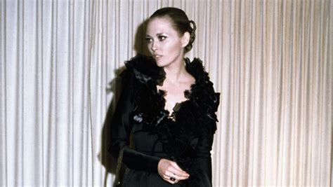 theadora van runkle faye dunaway s theadora van runkle at the 1968 oscars pret a reporter