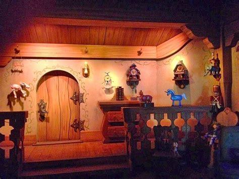 casa di pinocchio les voyages de pinocchio disneyland
