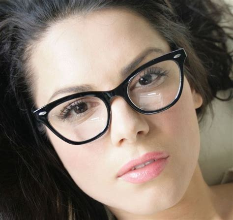 hairstyles for cat eye glasses 126 best gorgeous in glasses images on pinterest