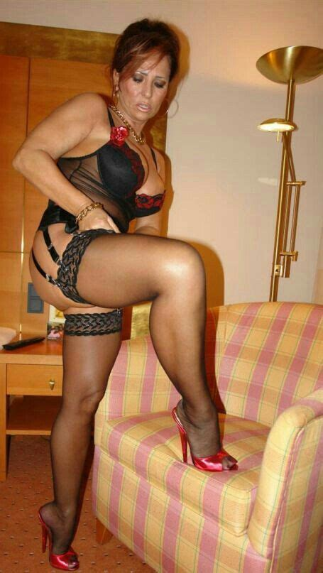 Best Images About In Woman Berry Again On Pinterest Sexy Sexy Body And Nina Hartley