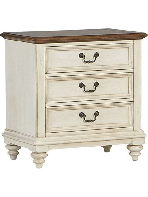 Distressed White Wood Bedroom Furniture by Distressed White Wood Furniture