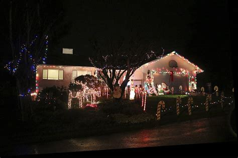 2009 the issaquah press news sports classifieds and more in dazzling lights spark christmas spirit in issaquah and