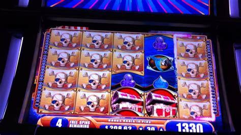 pirate ship casino game slot machine bonus rounds  spins youtube