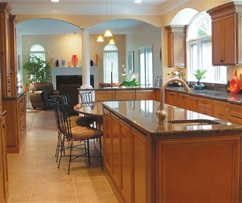 glazed maple kitchen cabinets glazed maple kitchen cabinets homecrest cabinetry