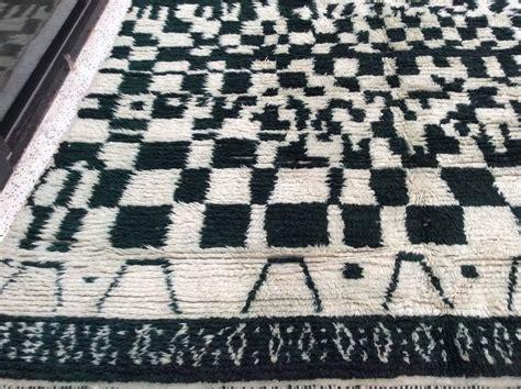 black and white moroccan rug monochrome moroccan rug in black and white for sale at 1stdibs