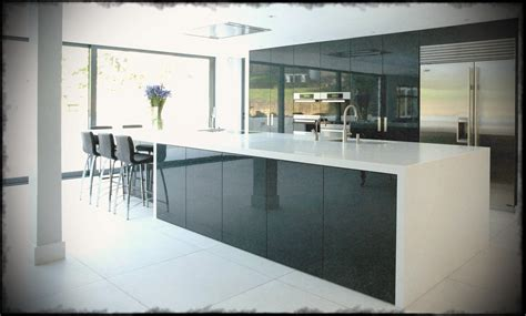 Ultra Modern Kitchens Black Gloss Site   Chiefs Kitchen Zone