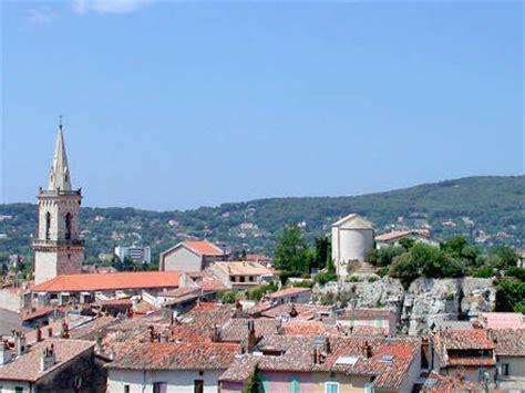 Rez de villa, piscine, , à Draguignan, Var, location de vacances n°650 par Maison en Provence