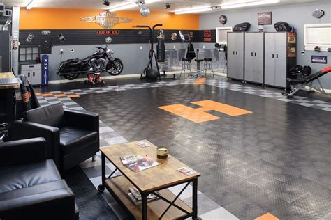 RaceDeck Diamond   garage flooring   shop flooring