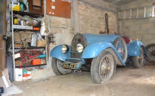 Bugatti Found In Barn Amazing Bugatti Barn Find