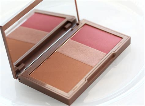 Blush On Decai Flushed is decay s new flushed palette poised to take