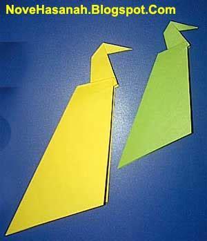 langkah mudah membuat origami burung cara membuat origami burung merak