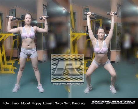 Dumbell Satu Set bentuk lengan agar terlihat padat reps indonesia fitness healthy lifestyle