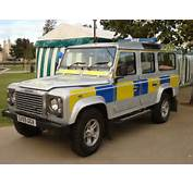 Land Rover Defender Sussex Policejpg  Wikimedia Commons