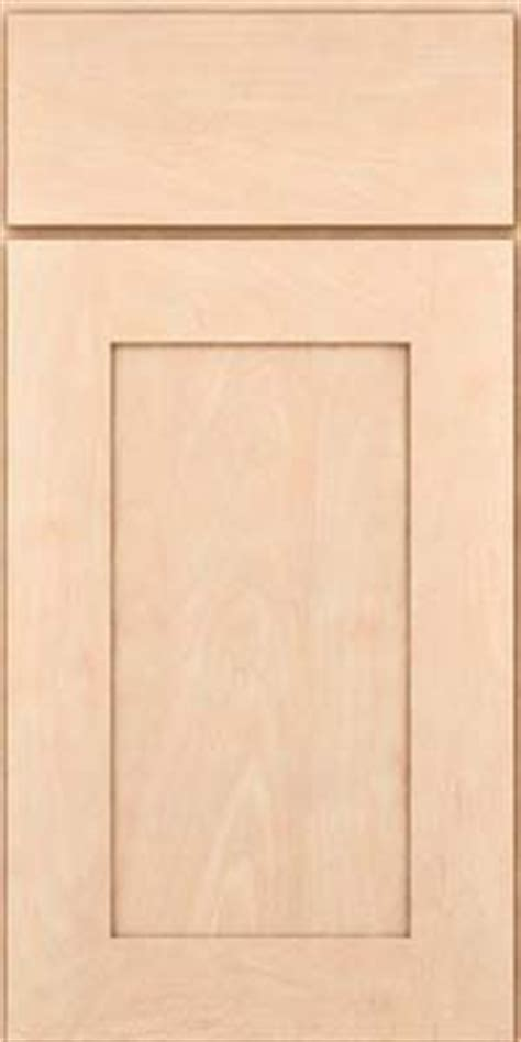 Kraftmaid Kitchen Cabinet Doors Kraftmaid Solid Maple Putnam Door In Parchment Kitchen This Is The Cabinet Style And Wood