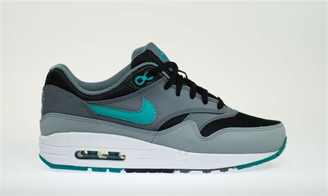 early nike air max 1 gs
