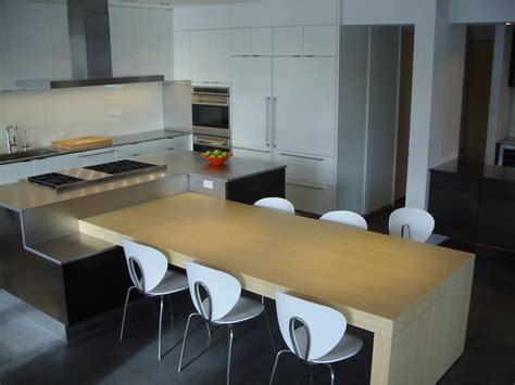Dining Table In The Kitchen Some Essential Points You Need To Notice In Selecting The Right Stylish Modern Kitchen Tables