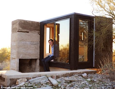 Earth Shelter Underground Floor Plans by Student Builds Micro Home In The Middle Of The Desert With