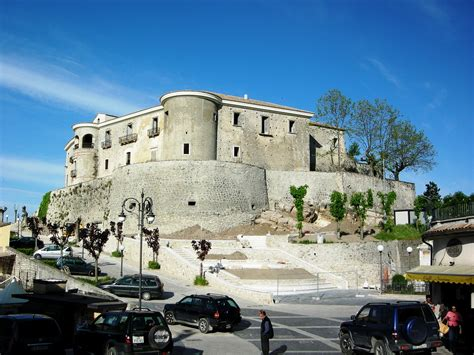 castelli in tavola i castelli d irpinia a gesualdo la tavola rotonda