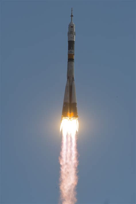 Nasa Space Pictures by File Soyuz Tma 05m Rocket Launches From Baikonur 2 Jpg