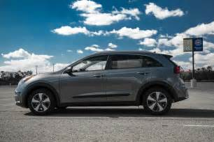 Kia Niro 2017 Kia Niro Hybrid Test Review The Quicker