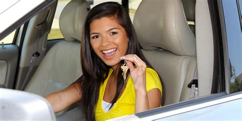 Green Light Auto Credit by Get Competitive Low Rates On Student Car Loans