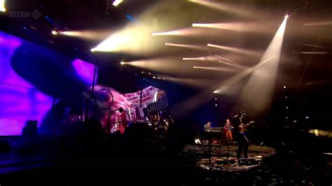 download mp3 coldplay life is for living coldplay hd life is for living glastonbury 2011