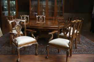 Big Dining Room Tables by Large Oversized Round Dining Table Large Round Mahogany