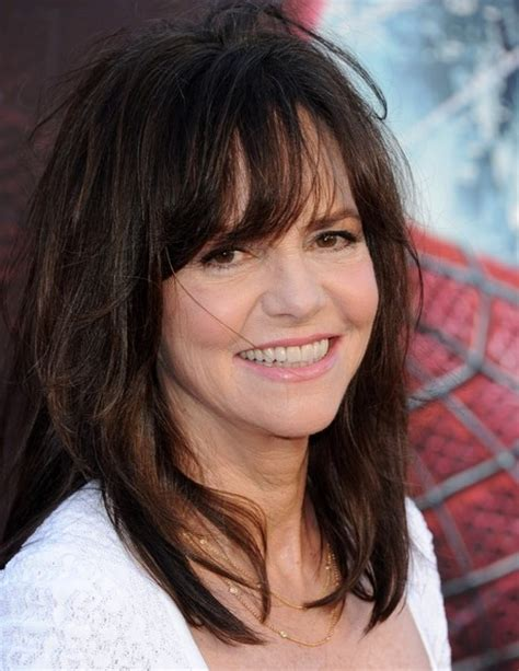 photos of sally fields hair more pics of sally field medium straight cut with bangs 2