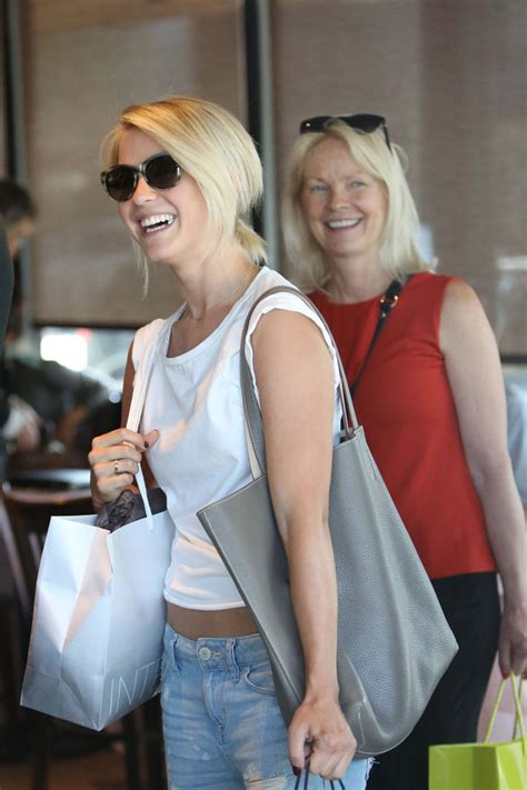 mari anne hough julianne mother julianne hough photos photos julianne hough shops with