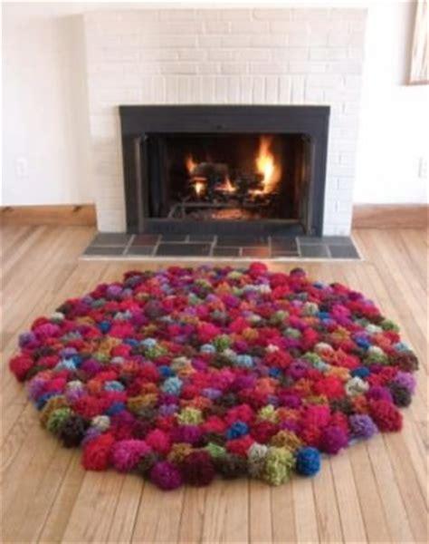 pompom teppich einen teppich aus pompoms oder bommeln basteln
