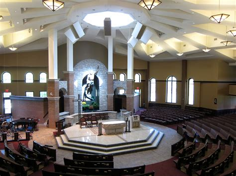 Marvelous Resurrection Church New Albany Ohio #2: Church_of_the_Resurrection_%28New_Albany%2C_Ohio%29_-_interior%2C_nave_as_viewed_from_the_loft.jpg