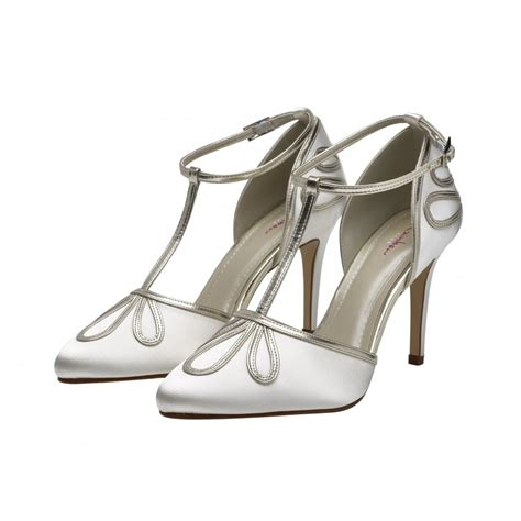 Rainbow Schuhe Ivory by Rainbow Club Elspeth Ivory Gold T Bar Satin Court Shoes