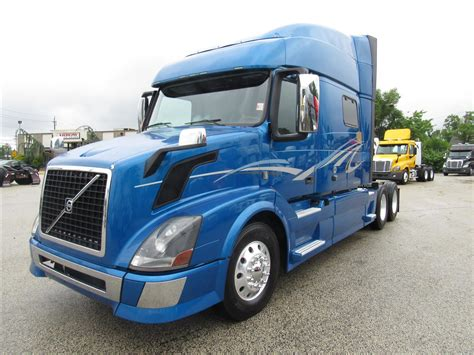 volvo trucks  sale  pa